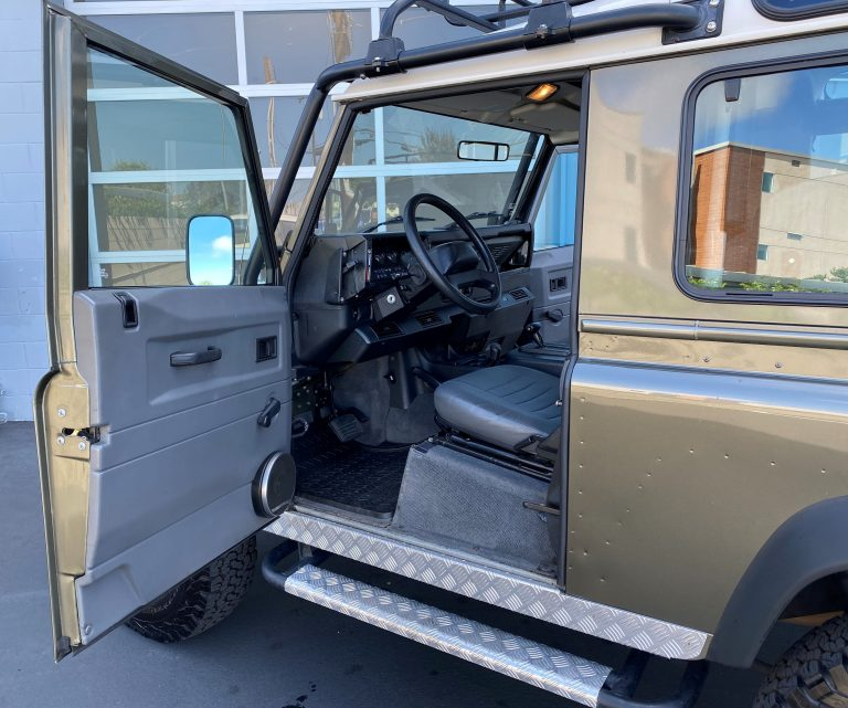 1997-land-rover-nas-defender-90-limited-edition-for-sale