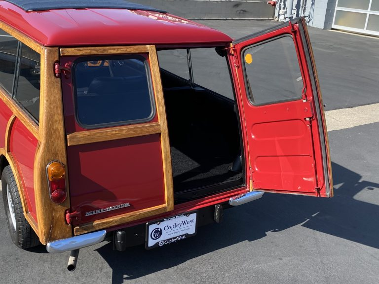 1967-morris-mini-woody-traveller-for-sale